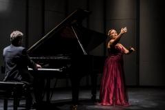 Concierto para la Embajada de España en Uruguay en el Teatro Solis Dúo de Castañuelas y Piano - Octubre 2016 Mar Bezana Castañuelas